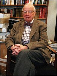 Arthur M. Schlesinger Jr. Photo Jack Manning/The New York Times Arthur M. Schlesinger Jr. in his office at the City University of New York.