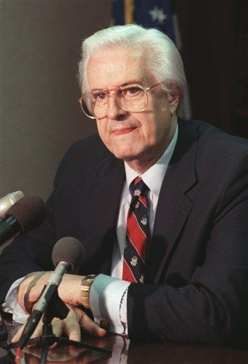 Henry Hyde Dead at 83 Illinois Congressman Henry Hyde is seen in Chicago in a Dec. 20, 1989, file photo. Hyde, who served 32 years in Congress before retiring, died Thursday, Nov. 29, 2007, at a hospital in Chicago. He was 83. (AP Photo/Charles Bennett, File)