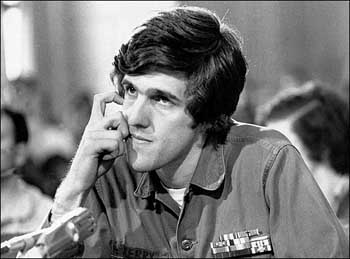 John Kerry Winter Soldiers Testimony Photo