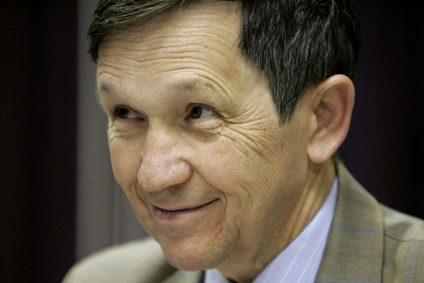 Judge Orders Kucinich Included in Nevada Debate