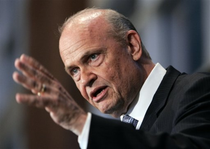Fred Thompson Wakes Up for South Carolina Debate