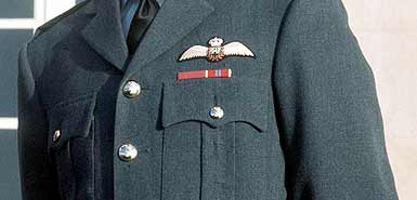 British Soldiers Can't Wear Uniforms in Public