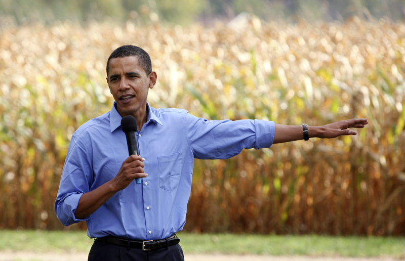 Obama 'Small Town' Remarks Give Clinton Opening