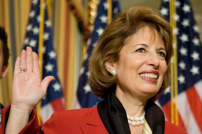 Congresswoman Jackie Speier Booed at Swearing In  Rep. Jackie Speier, D-Calif. participates in a mock swearing in on Capitol Hill in Washington, Thursday, Apr. 10, 2008. Speier, a former state lawmaker, replaces the late Rep. Tom Lantos, who died in February of cancer of the esophagus. (AP Photo/Brendan Hoffman) ( Brendan Hoffman )
