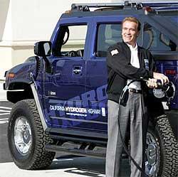 Arnold Schwarzenegger Hummer Photo