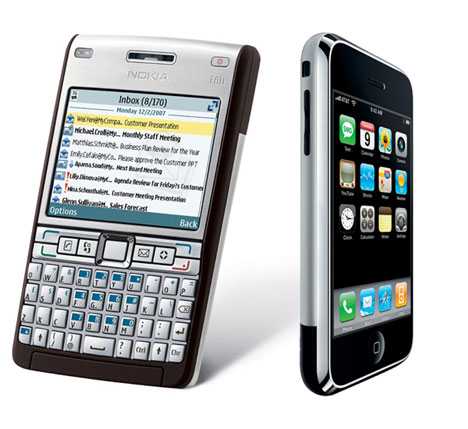 iPhone Outsells BlackBerry