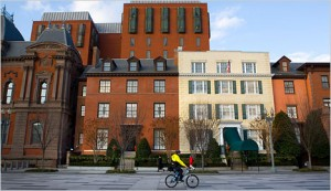 A view of Blair House, which is situated across the street from the White House. The yellow facade marks the main entrance. (Photo: Stephen Crowley/The New York Times)