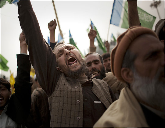 pakistani-tribesmen-protest