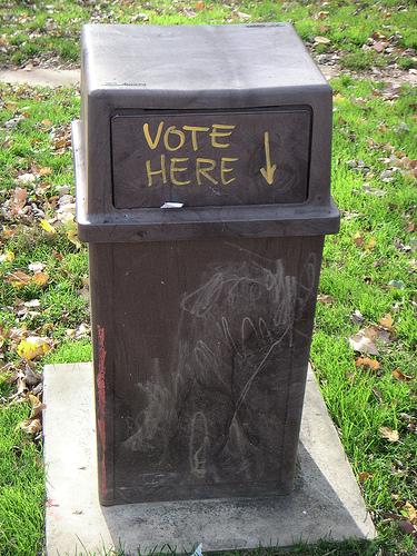 dc-vote-trashcan