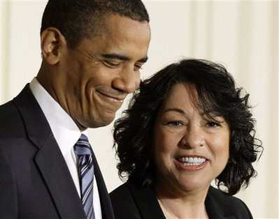 President Barack Obama announces federal appeals court judge Sonia Sotomayor, right, as his nominee for the Supreme Court, Tuesday, May 26, 2009, in an East Room ceremony of the White House in Washington. (AP Photo/Alex Brandon)