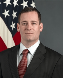 Phil Carter Official DOD Photo