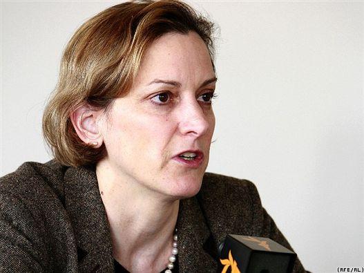 The American author <b>Anne Applebaum</b>, wife of Radoslaw Sikorski, <b>...</b> - anne-applebaum