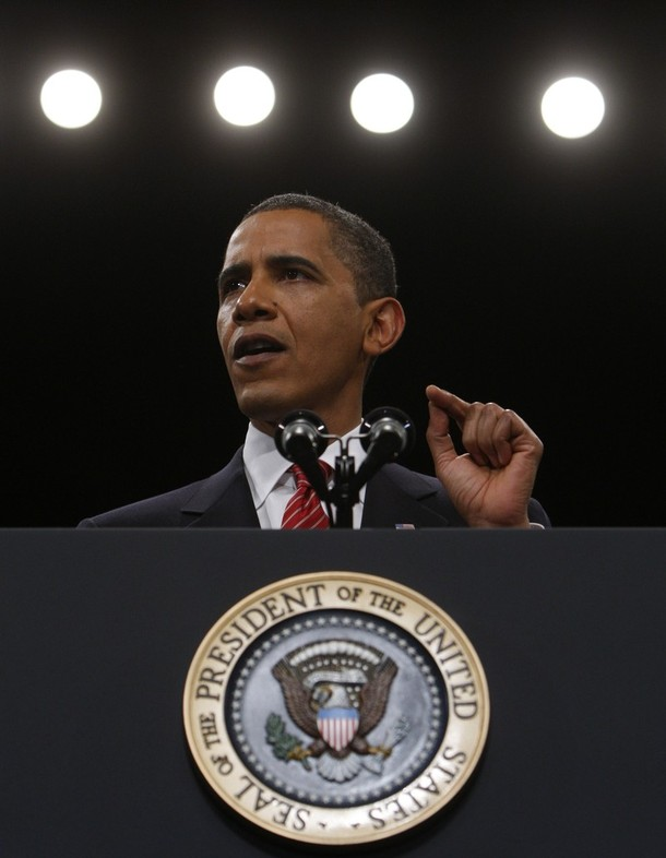 U.S. President Barack Obama speaks to  cadets at the U.S. Military Academy in West Point, New York, December 1, 2009. Obama plans to send 30,000 more U.S. troops to Afghanistan over six months in a bid to beat back the Taliban and bring a quicker end to a costly and unpopular eight-year war.  REUTERS/Jim Young