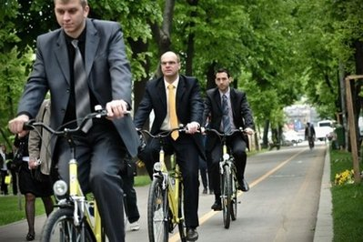 bikerbusinessmen