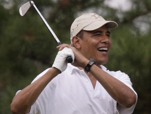 obama-golf-closeup