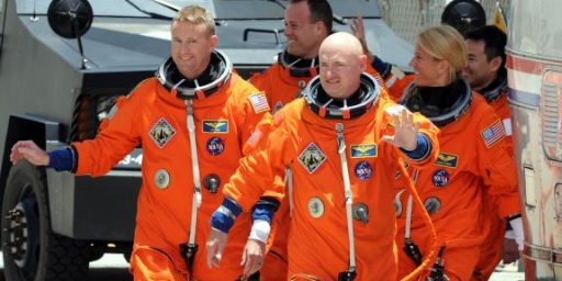 Husband Of Rep. Giffords To Command Final Endeavour Mission In April
