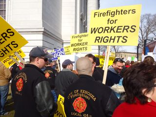 Wisconsin Police and Firefighters Didn't Endorse Walker