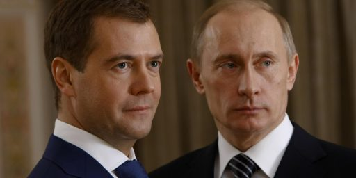 Putin, Medvedev Publicly Disagree Over Libya Intervention