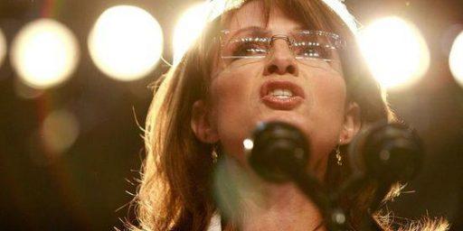 """Sarah Palin On Donald Trump's Birtherism: """"More Power To Him"""""""