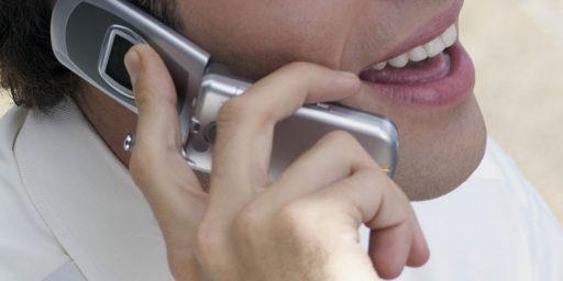 Study Alleges Cellphone-Cancer Link