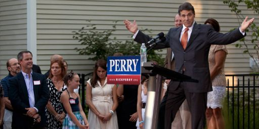 Rick Perry Leads National GOP Field In Fourth Consecutive Poll