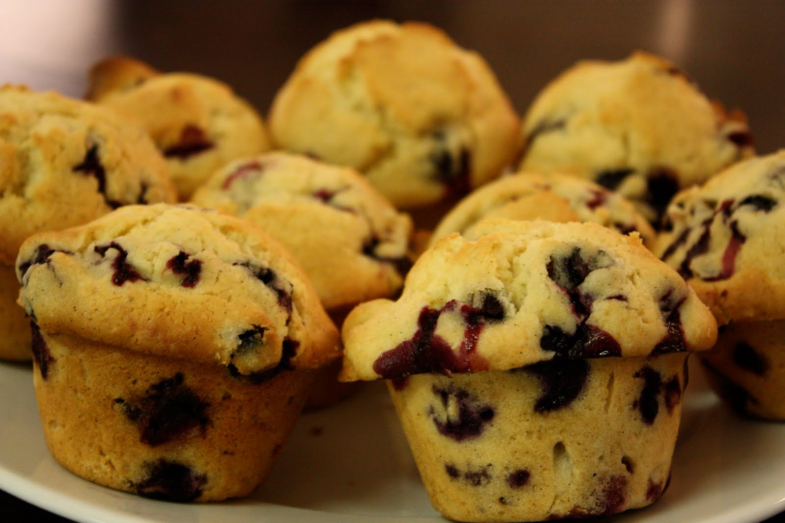 one_bowl_blueberry_muffins1