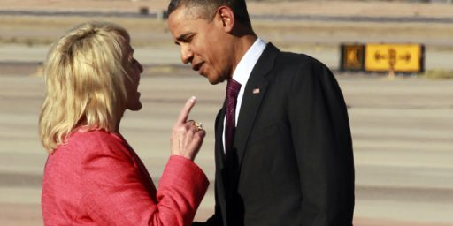Ariz. Governor Jan Brewer's Really Bad Photo Op