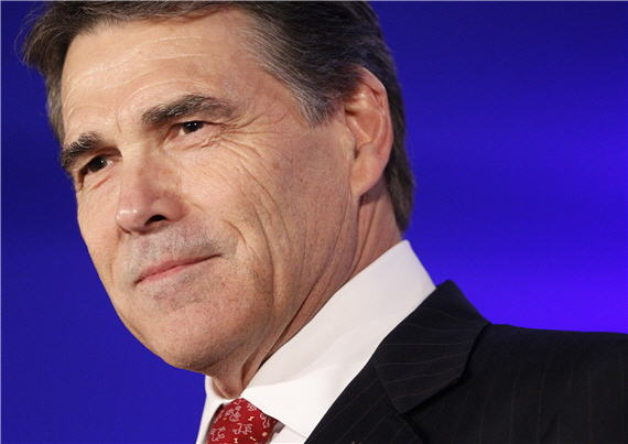 rick-perry-close-blue
