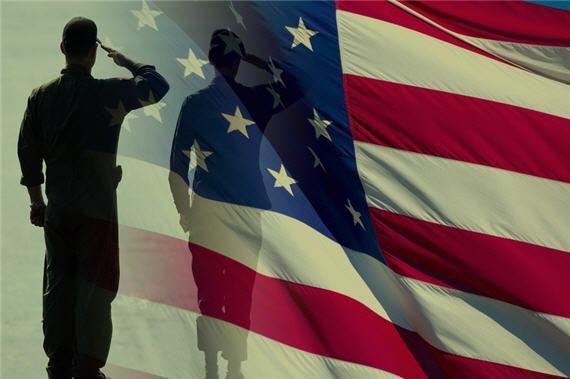 military-flag-salute