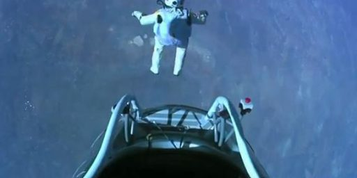 New Footage Of Felix Baumgartner Jumping From The Edge Of The Sky