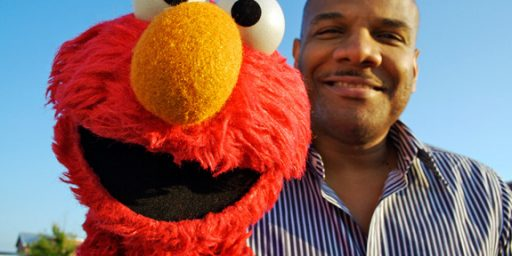 Elmo Puppeteer, Dogged By Sex Scandal, Quits Job
