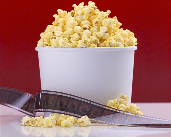 movie-popcorn-filmstrip