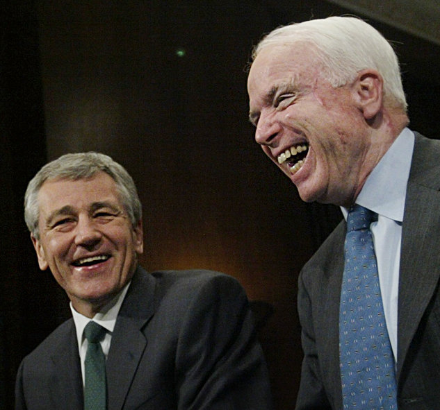 hagel-mccain-laughing-2004