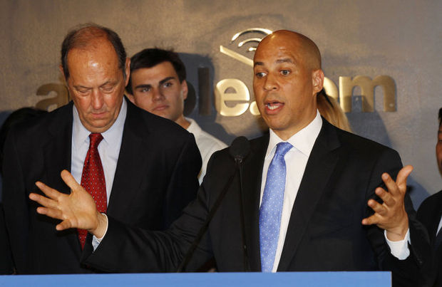 Cory Booker Bill Bradley