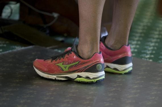 Mizuno's red running shoes, worn by Texas Sen. Wendy Davis.  Image from Outside the Beltway