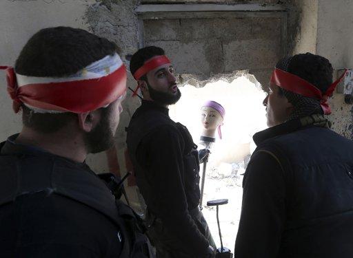 syrianfighterdollhead