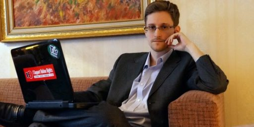 Russia Extends Edward Snowden's Asylum For Three More Years