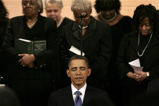 US President Obama takes part in Sunday service at a church in Washington