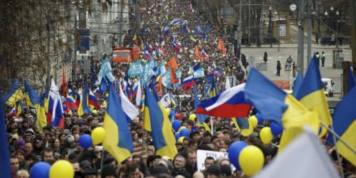 Pro-Russian Protesters In Donetsk Seek Independence From Ukraine