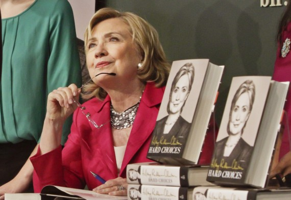 hillary-clinton-hard-choices-signing