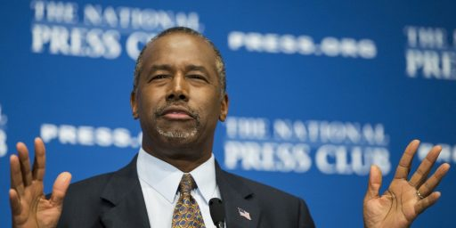 Ben Carson Has Absolutely No Idea What He's Doing