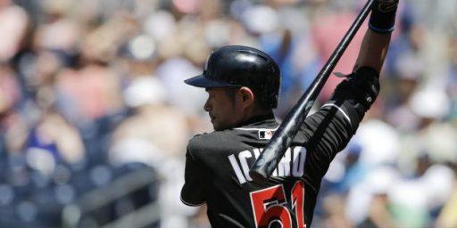 Ichiro Suzuki 'Passes' Pete Rose Hit Total