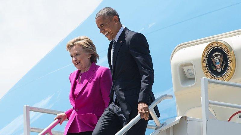 clinton-obama-campaign-stop