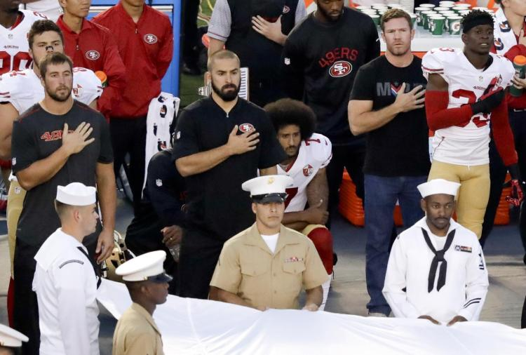 kaepernick-national-anthem-protest